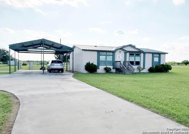 636 Midway Rd S, Inez, TX 77968 (MLS #1560675) :: ForSaleSanAntonioHomes.com