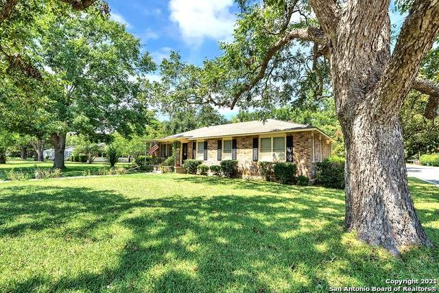 1102 29th St, Hondo, TX 78861 (MLS #1560679) :: 2Halls Property Team | Berkshire Hathaway HomeServices PenFed Realty