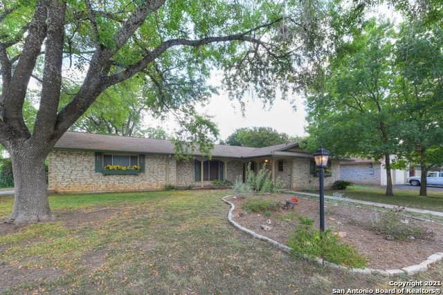 303 Inspiration Dr, New Braunfels, TX 78130 (MLS #1560724) :: Sheri Bailey Realtor