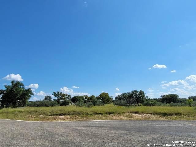 68 Sabinas Ridge Rd, Boerne, TX 78006 (MLS #1560991) :: Neal & Neal Team