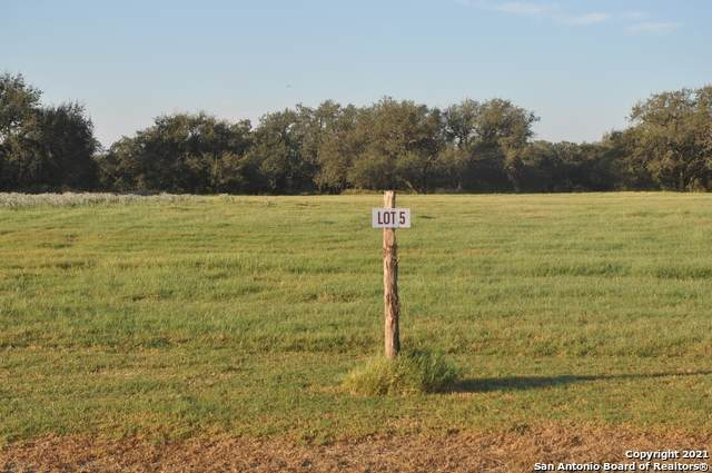 LOT 5 Private Road 7614, Devine, TX 78016 (MLS #1561007) :: The Glover Homes & Land Group
