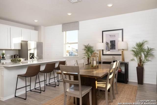 711 Shorleaf, San Antonio, TX 78245 (MLS #1561018) :: Alexis Weigand Real Estate Group