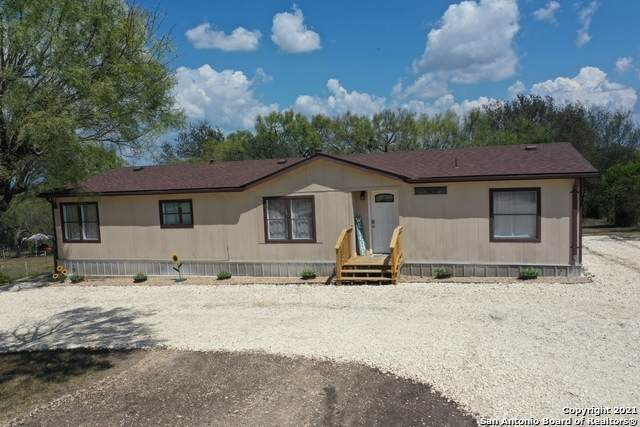 782 County Road 4511, Hondo, TX 78861 (MLS #1561021) :: Concierge Realty of SA