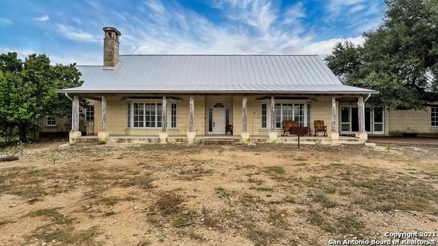 6075 Fm 1283, Pipe Creek, TX 78063 (MLS #1561051) :: The Gradiz Group