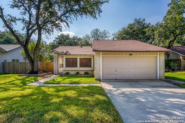 5974 Rebel Ridge St, San Antonio, TX 78247 (MLS #1561181) :: Alexis Weigand Real Estate Group
