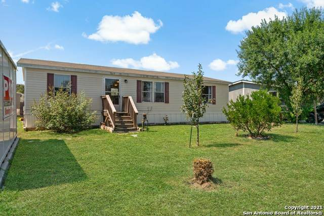 569 Northway Dr, New Braunfels, TX 78130 (MLS #1561184) :: Alexis Weigand Real Estate Group