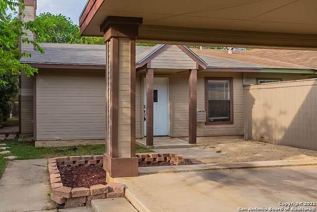 6823 Enchanted Springs Dr, San Antonio, TX 78249 (MLS #1561279) :: The Gradiz Group