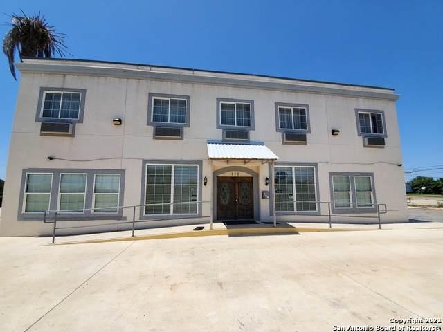 110 S Main St, Dilley, TX 78017 (MLS #1561347) :: Beth Ann Falcon Real Estate