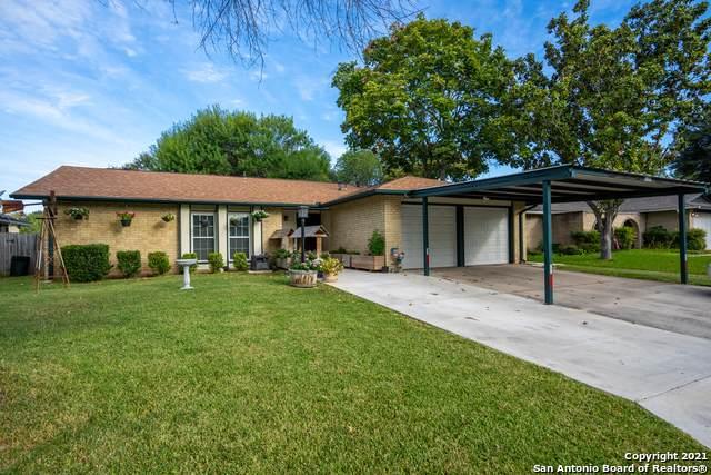 8107 Babe Ruth St, San Antonio, TX 78240 (MLS #1561374) :: The Gradiz Group
