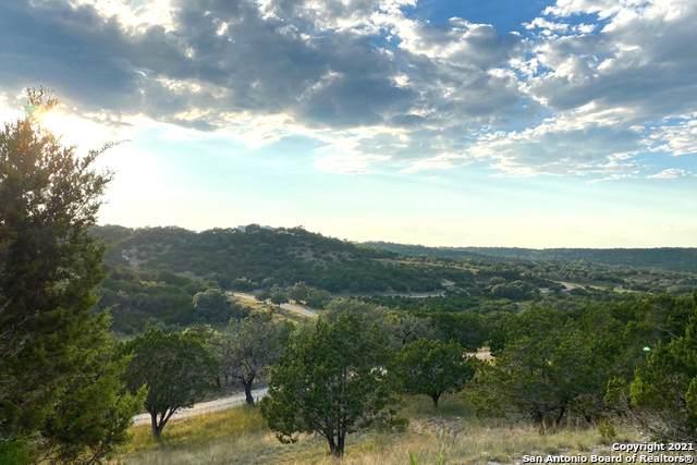 700 Witt Rd, Center Point, TX 78010 (MLS #1561395) :: BHGRE HomeCity San Antonio