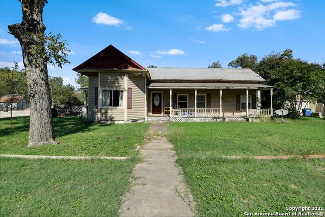519 E Common St, New Braunfels, TX 78130 (MLS #1561432) :: Phyllis Browning Company