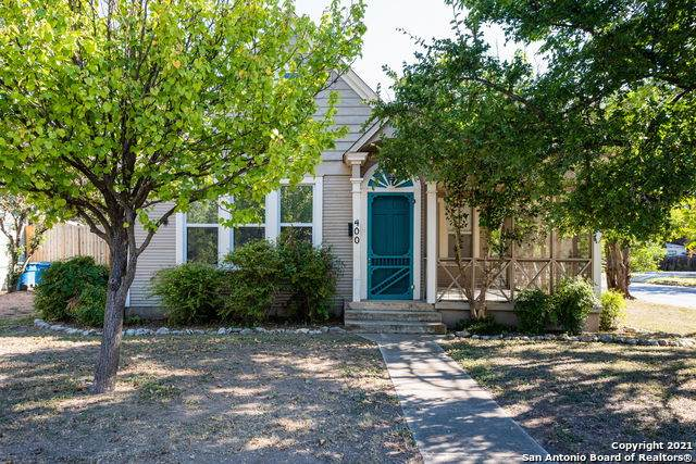 400 W Water St, Kerrville, TX 78027 (MLS #1561487) :: Bexar Team