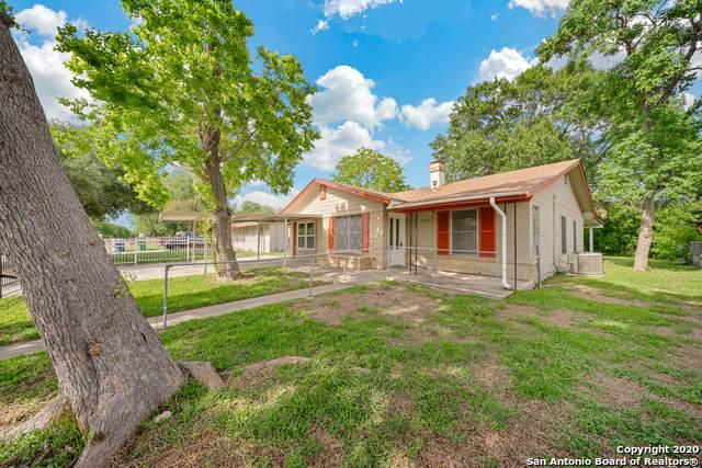 2430 Rawhide Ln, San Antonio, TX 78227 (MLS #1561548) :: The Gradiz Group