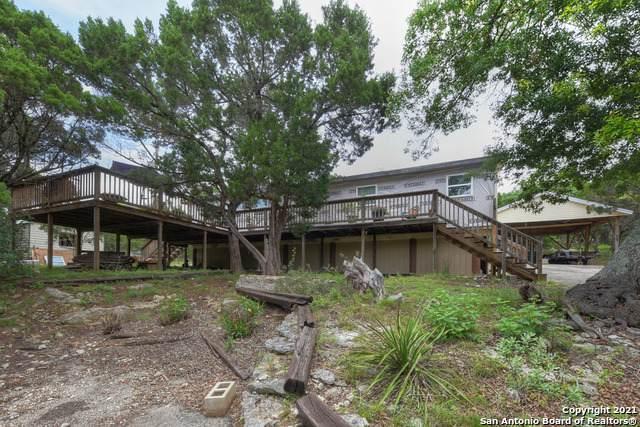 290 Charter Oak Dr, Canyon Lake, TX 78133 (MLS #1561561) :: The Lugo Group