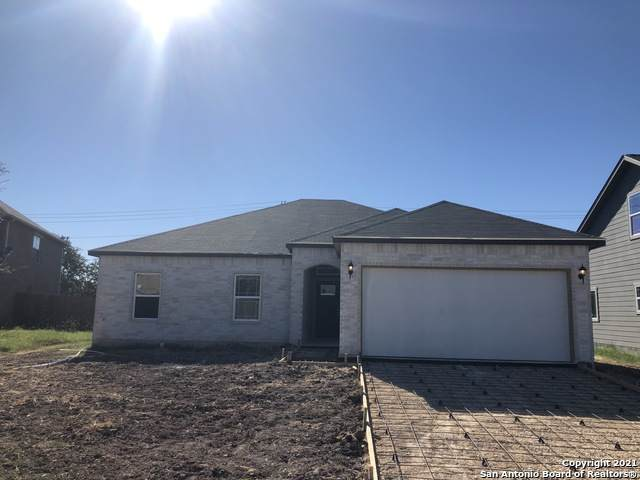 438 Copper Wood Dr, New Braunfels, TX 78130 (MLS #1561594) :: The Gradiz Group