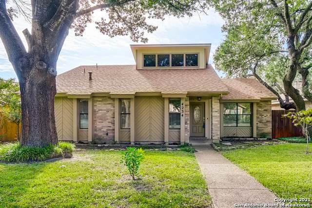 4234 Fig Tree Woods, San Antonio, TX 78249 (MLS #1561603) :: Phyllis Browning Company