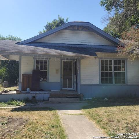 218 W Boyer Ave, San Antonio, TX 78210 (MLS #1561740) :: Phyllis Browning Company