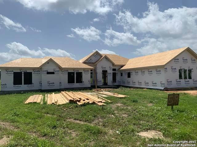 108 Settlement Dr, La Vernia, TX 78121 (MLS #1561749) :: 2Halls Property Team | Berkshire Hathaway HomeServices PenFed Realty