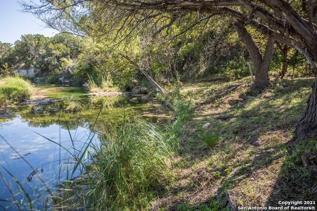 413 Upper Cibolo Creek Rd, Boerne, TX 78006 (MLS #1561785) :: Phyllis Browning Company