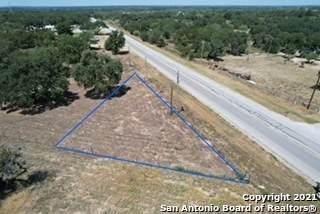 21272 Fm 471 S, Natalia, TX 78059 (MLS #1561796) :: BHGRE HomeCity San Antonio