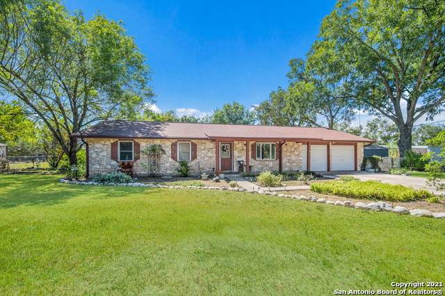 4715 Fm 2538, Marion, TX 78124 (MLS #1561861) :: 2Halls Property Team   Berkshire Hathaway HomeServices PenFed Realty