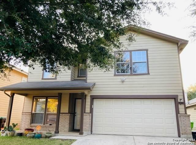 2711 Thunder Gulch, San Antonio, TX 78245 (MLS #1561908) :: 2Halls Property Team | Berkshire Hathaway HomeServices PenFed Realty