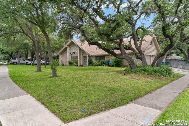 11647 Lida Rose Dr, San Antonio, TX 78216 (MLS #1561914) :: 2Halls Property Team | Berkshire Hathaway HomeServices PenFed Realty