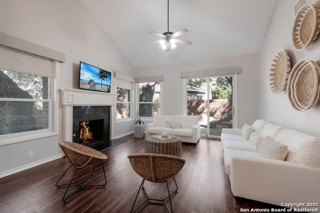 8 Villa Jardin, San Antonio, TX 78230 (MLS #1561924) :: Carolina Garcia Real Estate Group