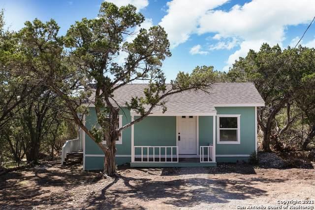 502 18th St E, Lakehills, TX 78063 (MLS #1561959) :: ForSaleSanAntonioHomes.com