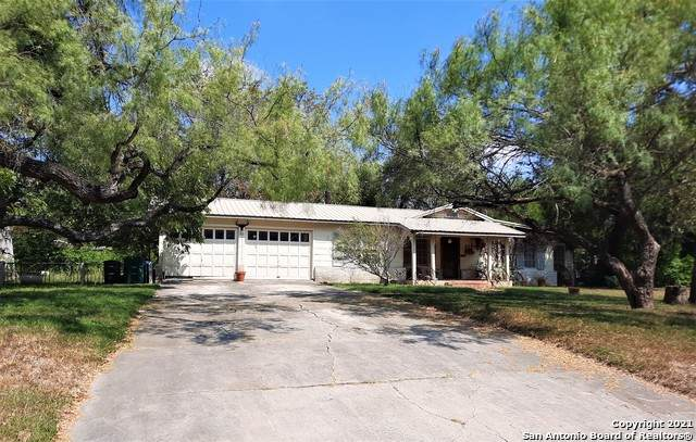 811 Booth Dr, San Antonio, TX 78216 (MLS #1561963) :: 2Halls Property Team | Berkshire Hathaway HomeServices PenFed Realty