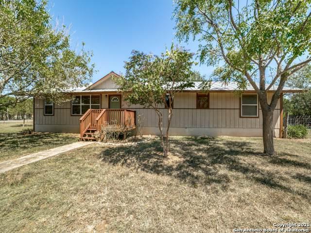 514 9TH ST, Bandera, TX 78003 (MLS #1561969) :: Bexar Team