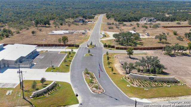 174 James Way, Castroville, TX 78009 (MLS #1562041) :: BHGRE HomeCity San Antonio