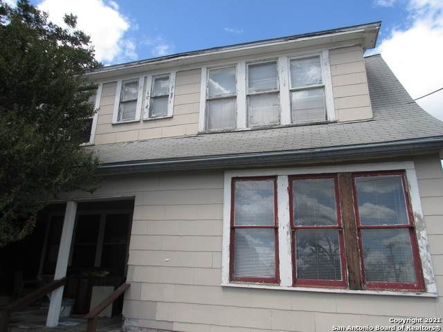 647 Hammond Ave, San Antonio, TX 78210 (MLS #1562095) :: Beth Ann Falcon Real Estate