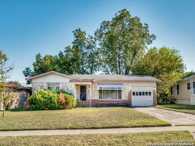 606 Adrian Dr, San Antonio, TX 78213 (MLS #1562136) :: Beth Ann Falcon Real Estate