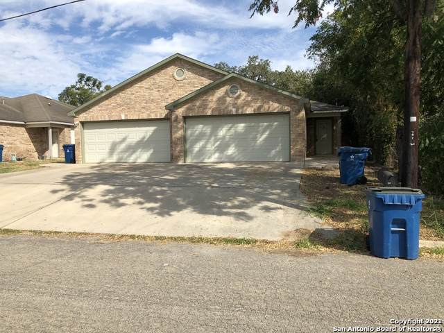 737 Dallas St, Pleasanton, TX 78064 (MLS #1562160) :: Beth Ann Falcon Real Estate