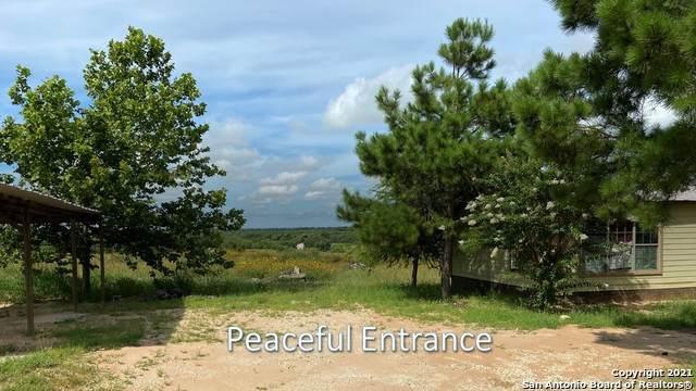 455 Flagstone, Poteet, TX 78065 (MLS #1562184) :: Beth Ann Falcon Real Estate