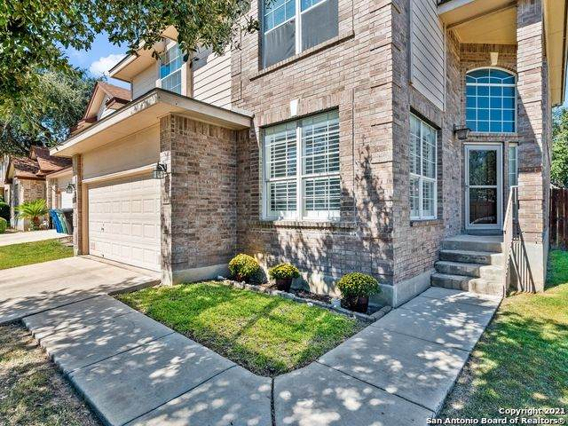 9703 Lindrith, Helotes, TX 78023 (MLS #1562225) :: Phyllis Browning Company