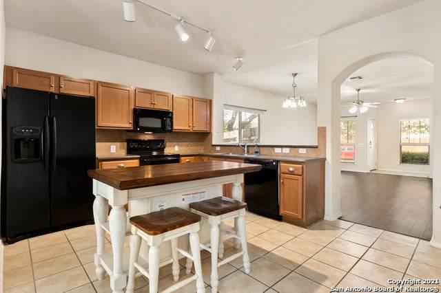 6118 Pecan Tree, San Antonio, TX 78240 (MLS #1562237) :: Exquisite Properties, LLC