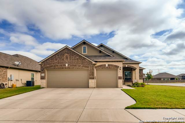 5036 Forest Oak, Schertz, TX 78108 (MLS #1562435) :: Beth Ann Falcon Real Estate