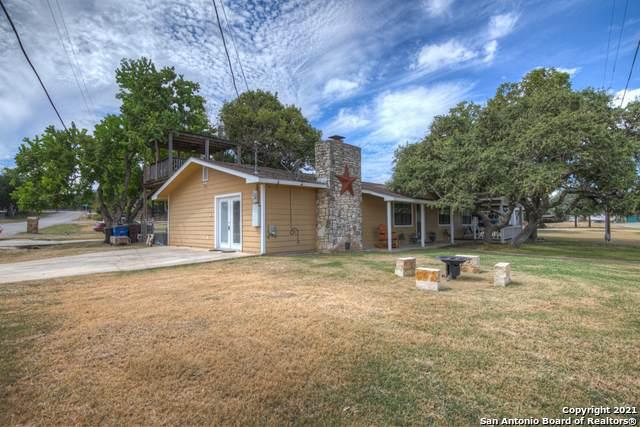 168 Clearview Dr, Canyon Lake, TX 78133 (MLS #1562485) :: BHGRE HomeCity San Antonio