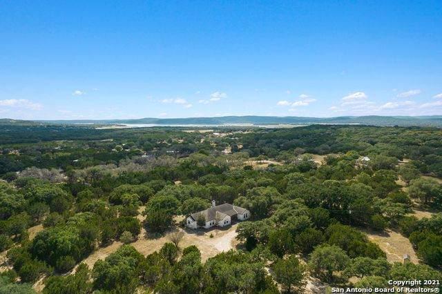 327 Summit Rd, Lakehills, TX 78063 (MLS #1562603) :: Real Estate by Design