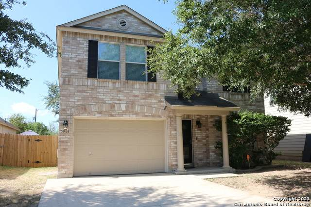 5006 Green Coral, San Antonio, TX 78223 (MLS #1562648) :: Beth Ann Falcon Real Estate