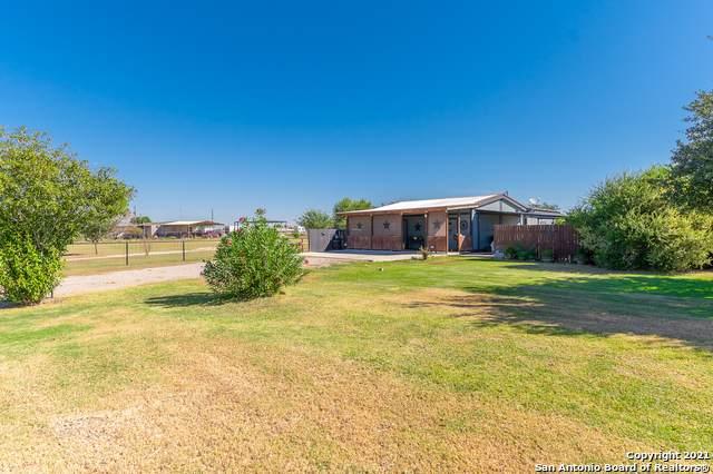 226 Sunfire Trail, Seguin, TX 78155 (MLS #1562663) :: Concierge Realty of SA