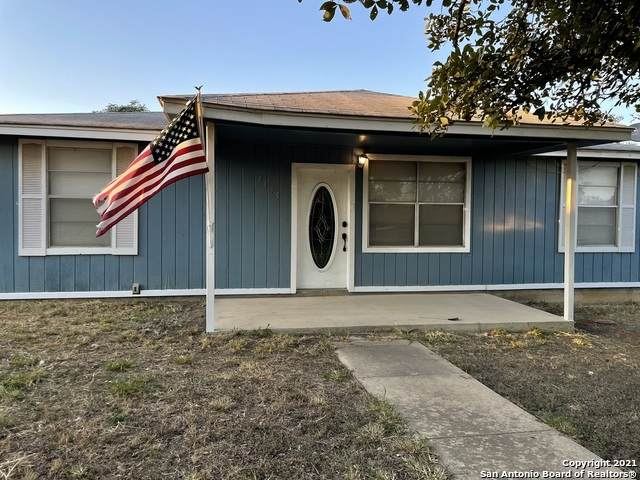 4155 Twin Valley, Von Ormy, TX 78073 (MLS #1562671) :: The Glover Homes & Land Group