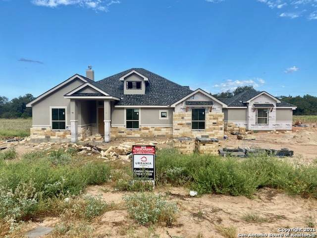 113 Ranchers Way, Floresville, TX 78114 (MLS #1562699) :: The Glover Homes & Land Group