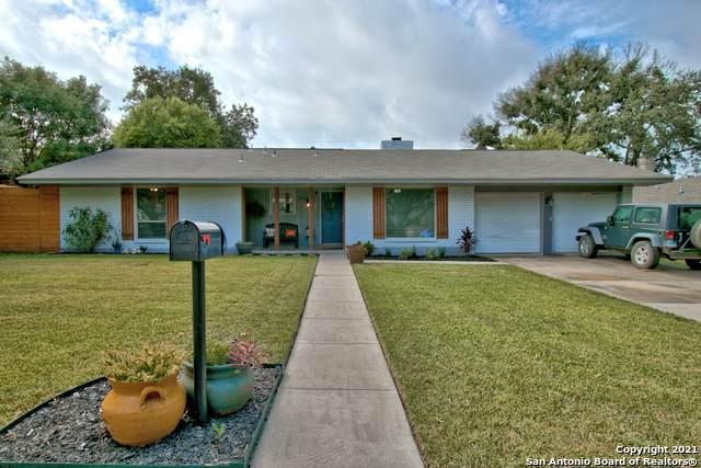 1010 Mount Riga, San Antonio, TX 78213 (MLS #1562838) :: Alexis Weigand Real Estate Group