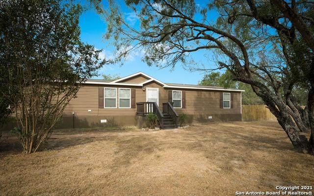 21645 Morin Rd, Von Ormy, TX 78073 (MLS #1562843) :: The Lopez Group