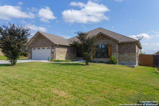 2245 Sungate Dr, New Braunfels, TX 78130 (MLS #1562908) :: Alexis Weigand Real Estate Group