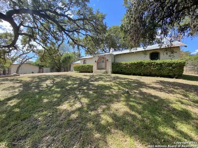 881,891 N Hwy 173, Bandera, TX 78003 (MLS #1563065) :: The Glover Homes & Land Group