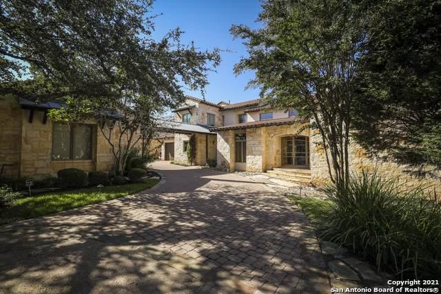 17905 Breakwater Dr, Jonestown, TX 78645 (MLS #1563074) :: Alexis Weigand Real Estate Group